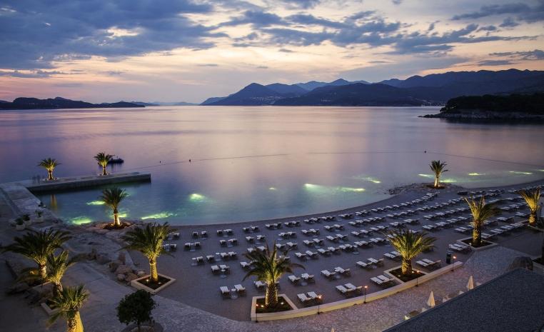 Kroatien   Azurblaues Inselparadies tui hotels strand sonne kroatien expertentipps  tui berlin valamar president strand 1