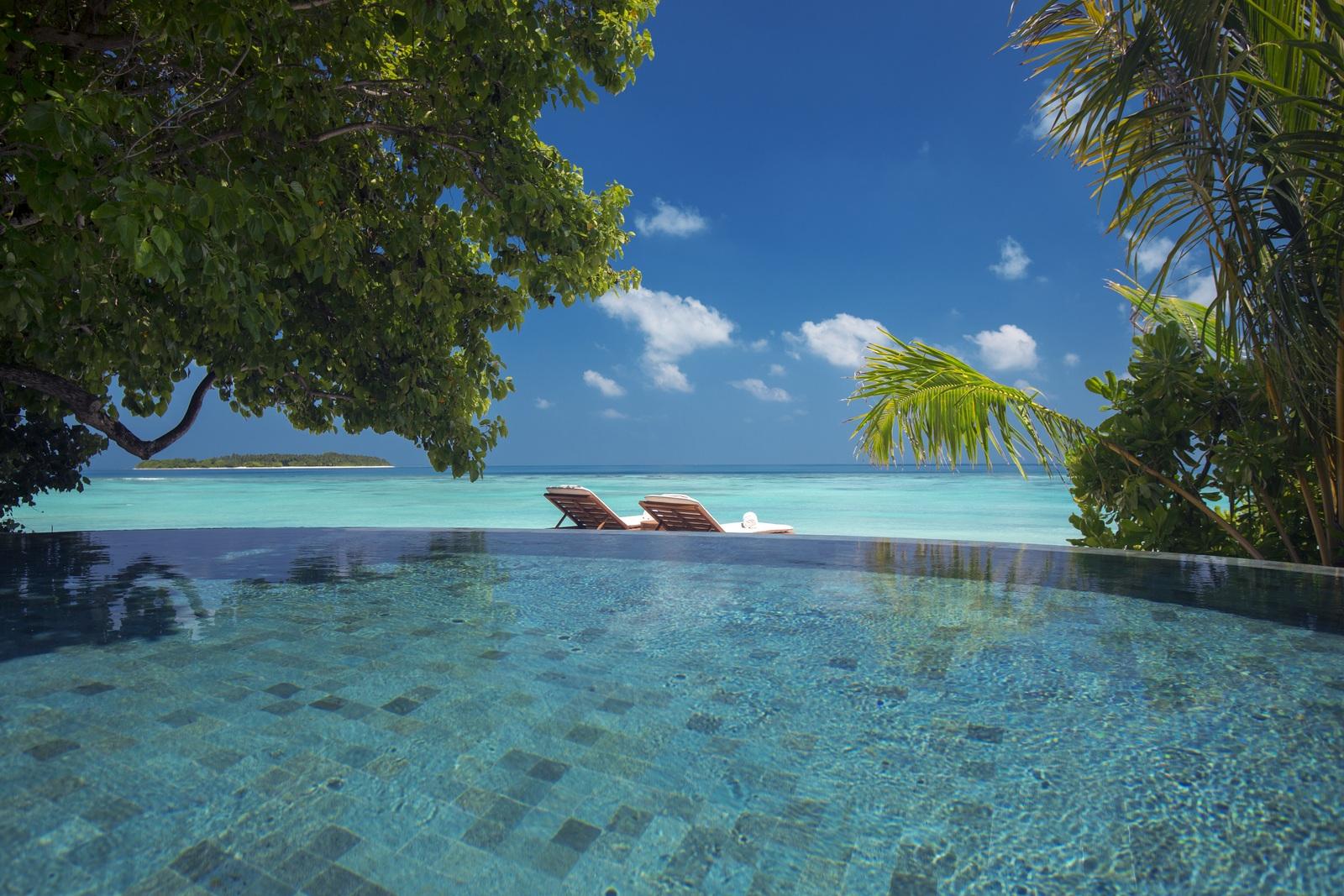 Malediven    die neue Trauminsel Milaidhoo im Baa Atoll strand sonne reisebericht malediven honeymoon 2  Milaidhoo Maldives Beach Pool Villa 11 jpeg