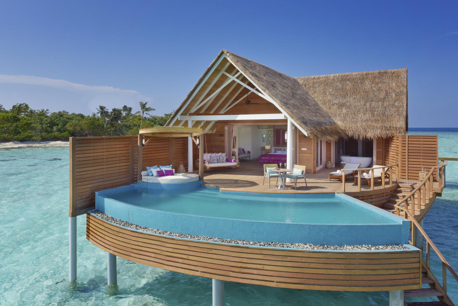 Malediven    die neue Trauminsel Milaidhoo im Baa Atoll strand sonne reisebericht malediven honeymoon 2  TUI Berlin Milaidhoo Maldives Water Pool Villa 1