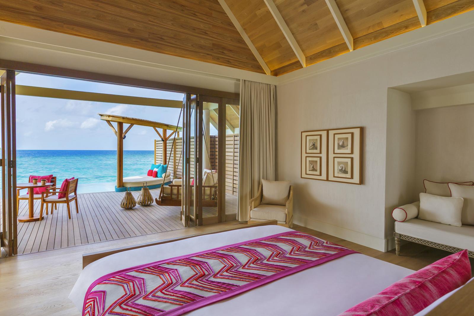 Malediven    die neue Trauminsel Milaidhoo im Baa Atoll strand sonne reisebericht malediven honeymoon 2  TUI Berlin Milaidhoo Maldives Water Pool Villa 6