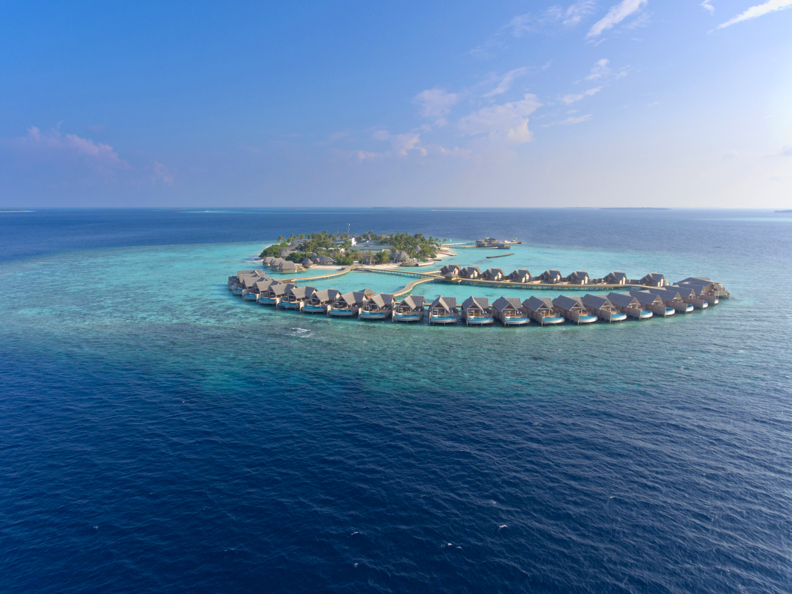 Malediven    die neue Trauminsel Milaidhoo im Baa Atoll strand sonne reisebericht malediven honeymoon 2  TUI Berlin Reisebüro Malediven Milaidhoo Anflug