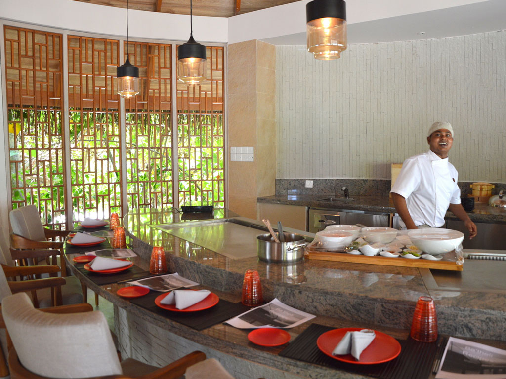 Milaidhoo Island Grill Restaurant - World of TUI Berlin Reisebericht