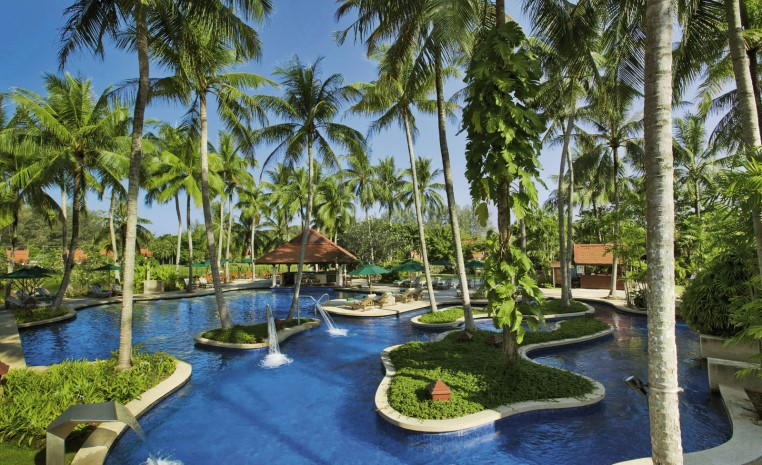 Golferlebnisse in Fernost   Neue Golfplätze bei TUI Golf und airtours Golf tui hotels tui airtours hoteltipps thailand strand sonne orient airtours hotels angebote und specials angebot  tui berlin banyan tree phuket außenansicht