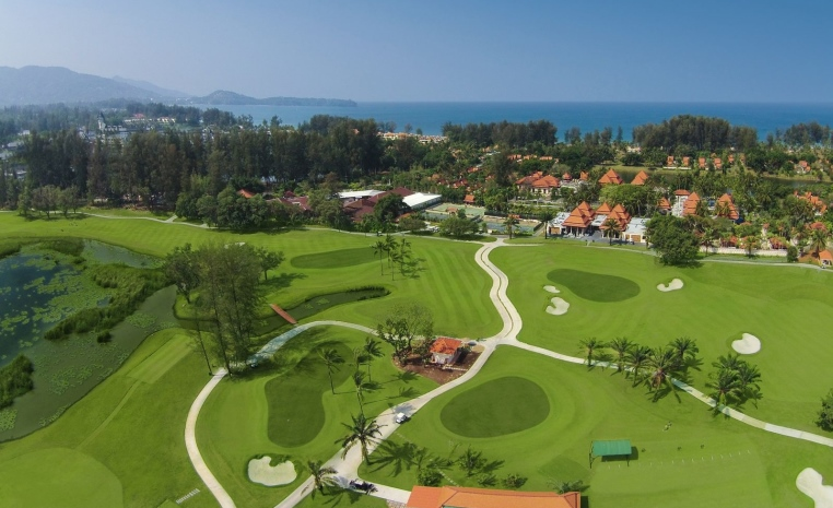 Golferlebnisse in Fernost   Neue Golfplätze bei TUI Golf und airtours Golf tui hotels tui airtours hoteltipps thailand strand sonne orient airtours hotels angebote und specials angebot  tui berlin banyan tree phuket golfplatz