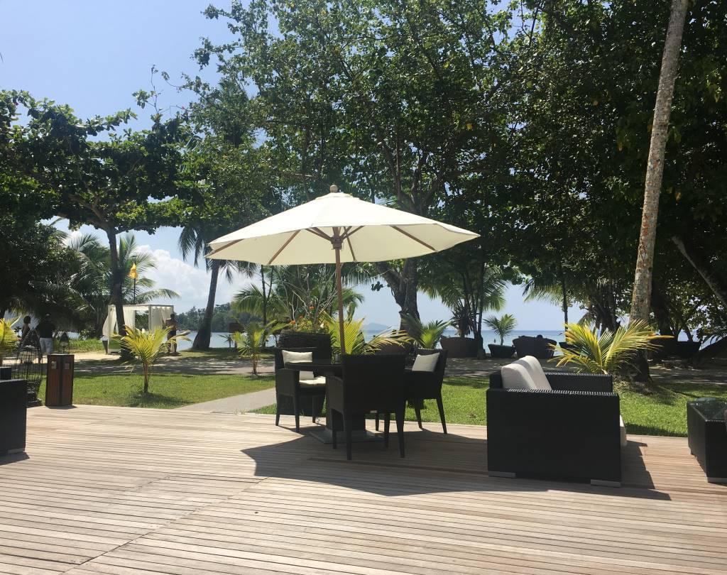 Seychellen, ein Himmel auf Erden   Constance Hotels & Resorts strand sonne seychellen new honeymoon 2  tui berlin mahe ephelia resort terrasse