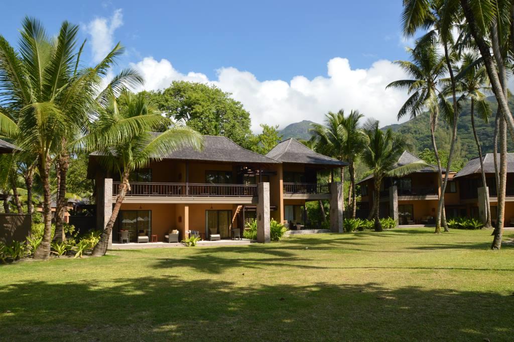 Seychellen, ein Himmel auf Erden   Constance Hotels & Resorts strand sonne seychellen new honeymoon 2  tui berlin mahe ephilia resort zimmer außen