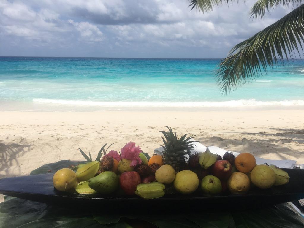 Seychellen, ein Himmel auf Erden   Constance Hotels & Resorts strand sonne seychellen new honeymoon 2  tui berlin praslin lemuria resort strand snack