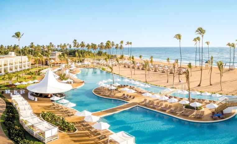 Karibik kann auch Safari   Samana Flugsafari tui hotels strand sonne expertentipps dominikanische republik  tui berlin sensatori punta cana außenansicht