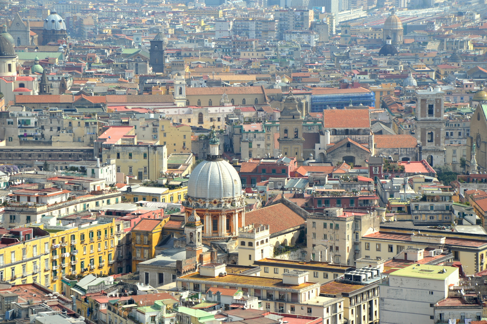 Neapel und Apulien   eine lohnenswerte Kombination staedtereisen sonne reisebericht new italien  TUI Berlin Reisebüro Zentrum von Neapel