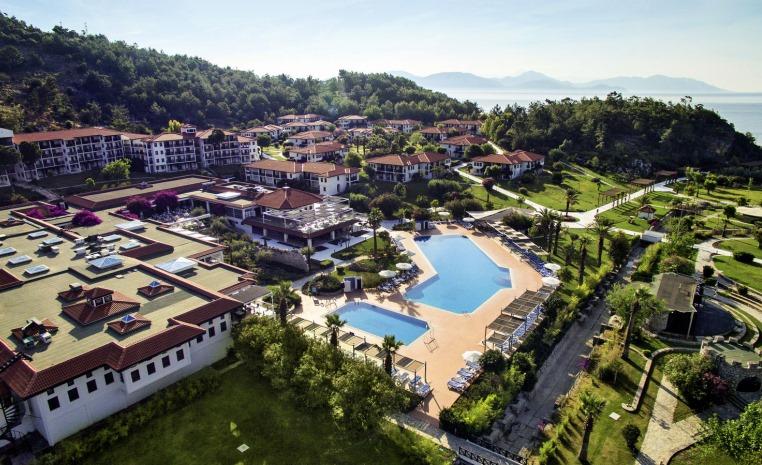 Der TUI BLUE Sommer 2018 ist da. tuerkei tunesien tui hotels sonne portugal oesterreich kroatien kanaren expertentipps balearen angebote und specials  tui berlin tui blue sarigerme park außenansicht