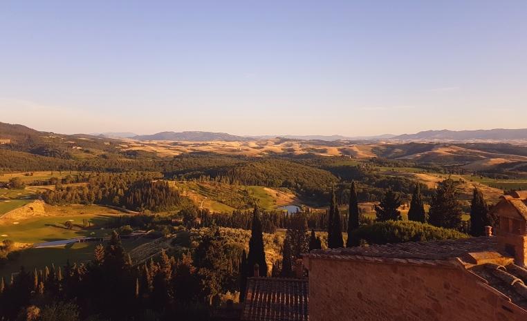 Castelfalfi im Herzen der Toskana sonne land und leute new italien honeymoon 2  20170610 195442
