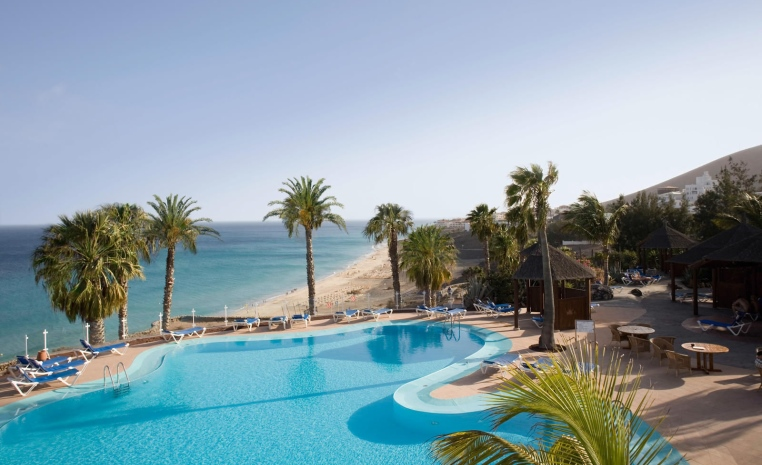ROBINSON Herbst Deals   Noch keine Lust auf die Kälte? tui hotels strand sonne kanaren griechenland angebote und specials angebot  tui berlin esquinzo playa außenansicht
