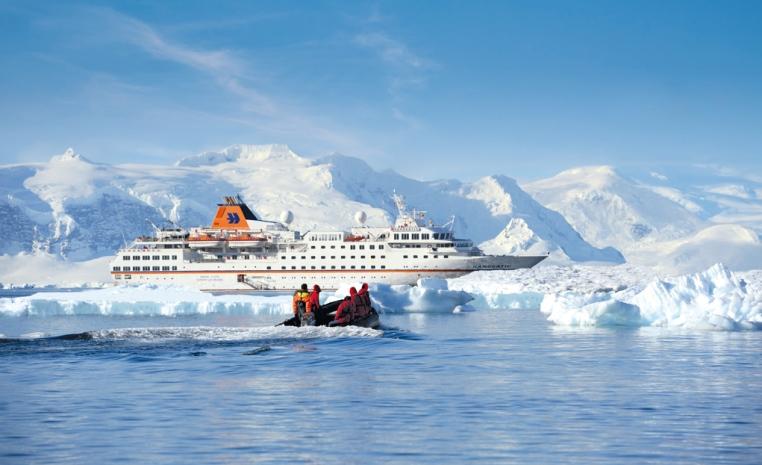 HANSEATIC nature & HANSEATIC inspiration   Die neuen Expeditionsschiffe sonne kreuzfahrt expertentipps angebot  HAN  APC 7114 72