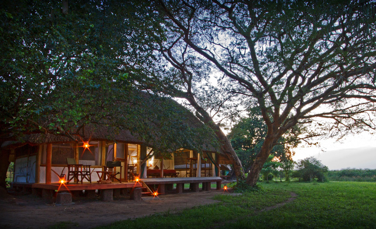 Uganda – auf den Spuren der Schimpansen und Berggorillas uganda sonne safari reisebericht new afrika  TUI Berlin Uganda Bakers Lodge a
