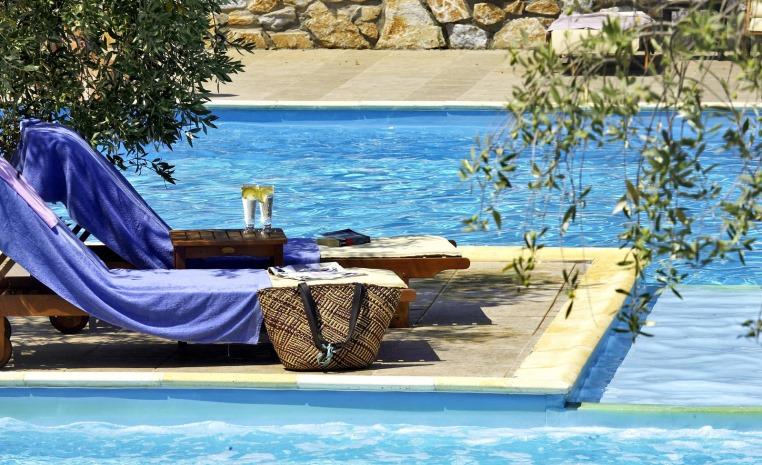 Blau Weiße Geheimtipps in Griechenland tui hotels strand sonne griechenland angebote und specials angebot  tui berlin atrium pool