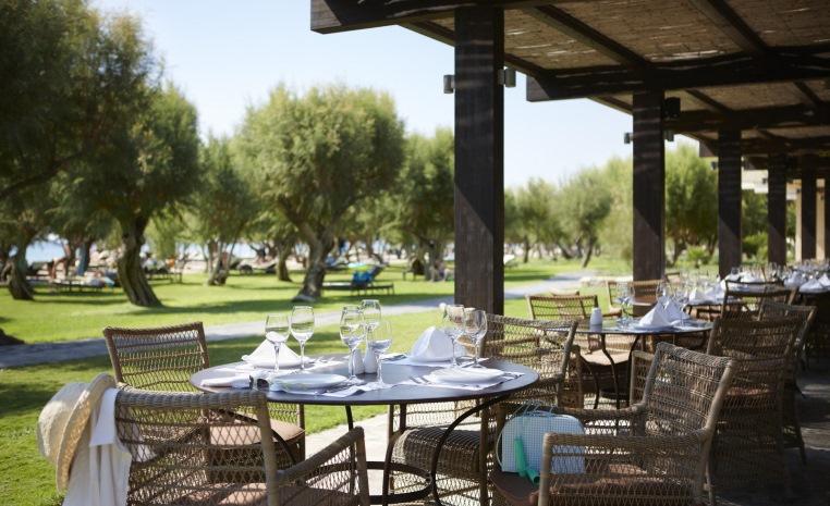Blau Weiße Geheimtipps in Griechenland tui hotels strand sonne griechenland angebote und specials angebot  tui berlin tui family life doryssa seaside restaurant