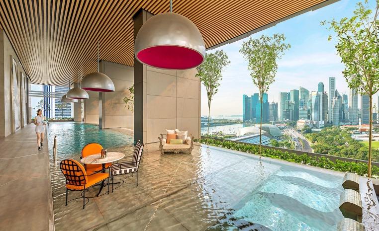 Sommerliche Luxus   Auszeiten im Winter tui airtours hoteltipps sri lanka asien sonne singapur mauritius marokko kanaren expertentipps angebot airtours hotels  tui berlin jw marriott hotel singapore aussicht