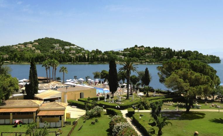 TUI Family  Deals +++ Bis zu 40% Rabatt auf Reisen im Herbst tui hotels strand sonne griechenland angebote und specials angebot  tui berlin louis corcyra beach hotel
