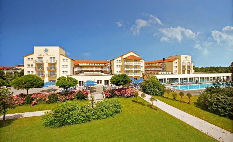 Urlaub in der Heimat   TUI Hotels in Deutschland sonne familie deutschland angebot  tui berlin marc aurel außenansicht