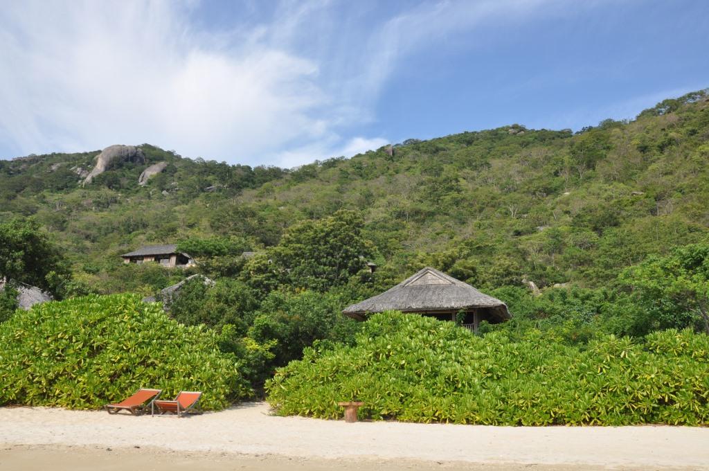 Six Senses Resort Ninh van Bay Beachfront Villa, Vietnam - World of TUI Berlin Reisebericht