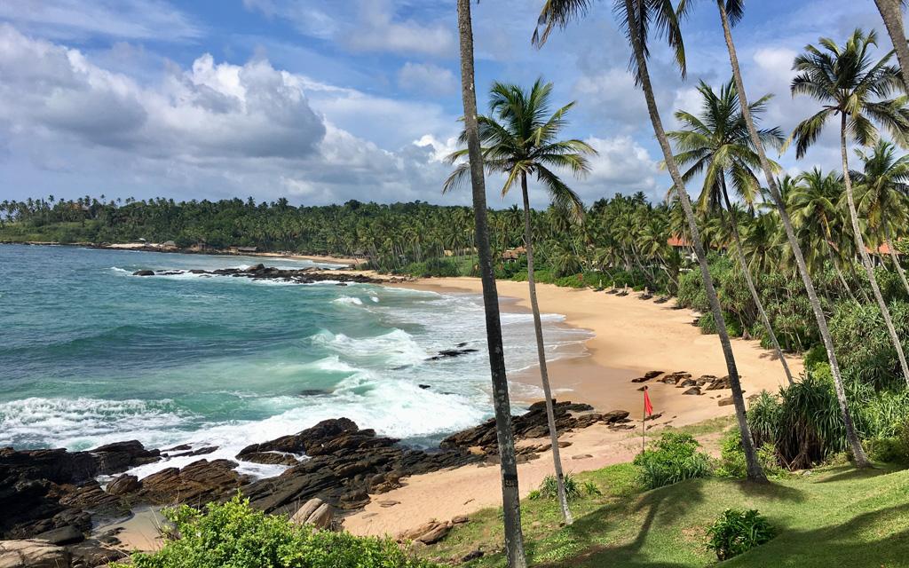 Unterwegs durch Sri Lanka   Luxuriös mit airtours strand sri lanka asien sri lanka sonne land und leute reisebericht new  TUI Reisebuero Berlin Sri Lanka Anantara Tangalle Strand