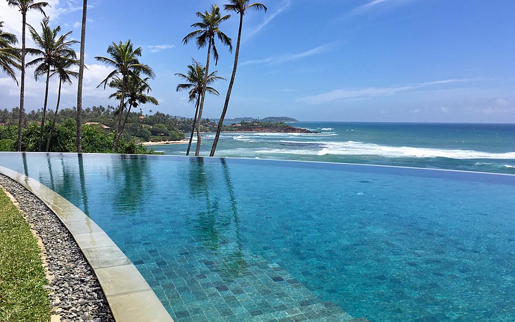 Unterwegs durch Sri Lanka   Luxuriös mit airtours strand sri lanka asien sri lanka sonne land und leute reisebericht new  TUI Reisebuero Berlin Sri Lanka Cape Weligama Pool
