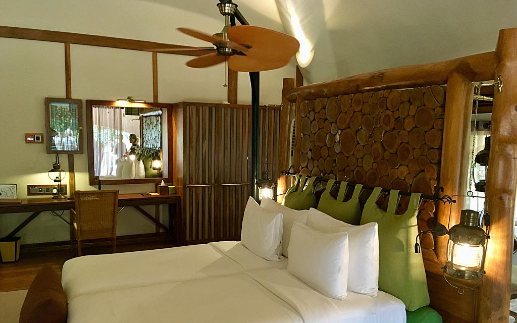Unterwegs durch Sri Lanka   Luxuriös mit airtours strand sri lanka asien sri lanka sonne land und leute reisebericht new  TUI Reisebuero Berlin Sri Lanka Chena Huts