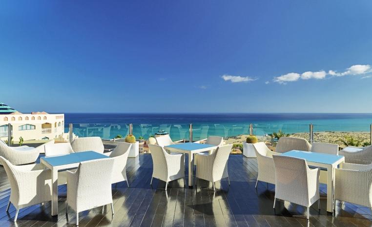 50€ Preisvorteil auf Winterreisen auf die Kanaren sonne kanaren angebote und specials angebot  tui berlin hotel h10 playa esmeralda lunch