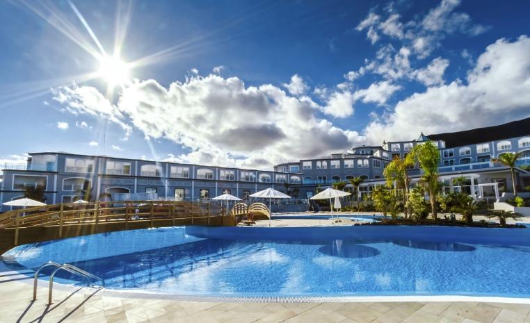 TUI, Reisebüro, World of TUI, Berlin, Preisvorteil, Luxushotels, Kanaren, TUI Coupon, TUI SENSIMAR Royal Palm, Hotel H10 Playa Esmeralda, Rabatt