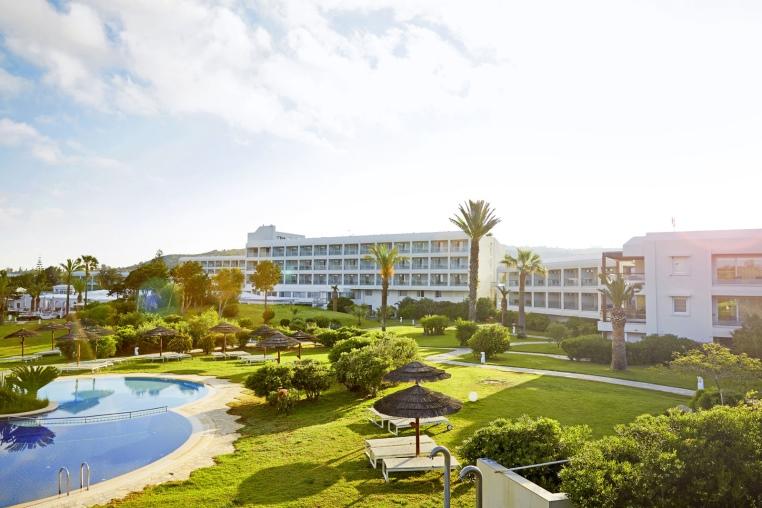 Die besten Aktionen für Ihren Frühbucher Sommer 2018 tunesien news tui hotels sonne kreuzfahrt griechenland cluburlaub angebote und specials angebot  tui berlin robinson kyllini außenansicht