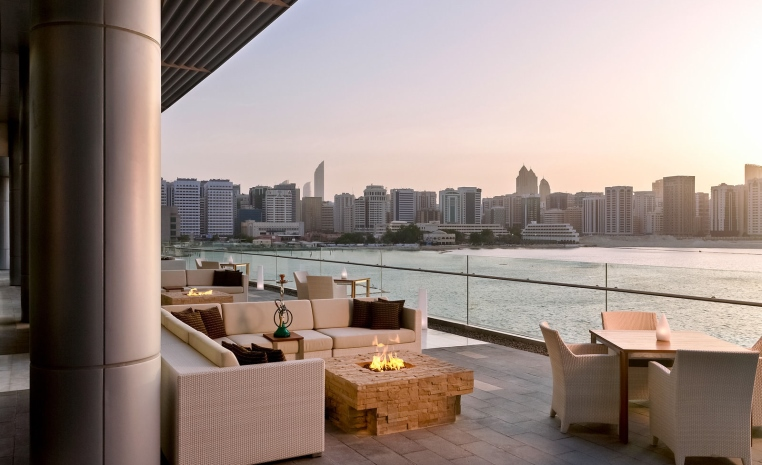Just 4 You     Neuer Luxus in Dubai & Abu Dhabi vae tui hotels strand sonne dubai angebote und specials angebot abu dhabi  tui berlin rosewood abu dhabi sambusek cafe