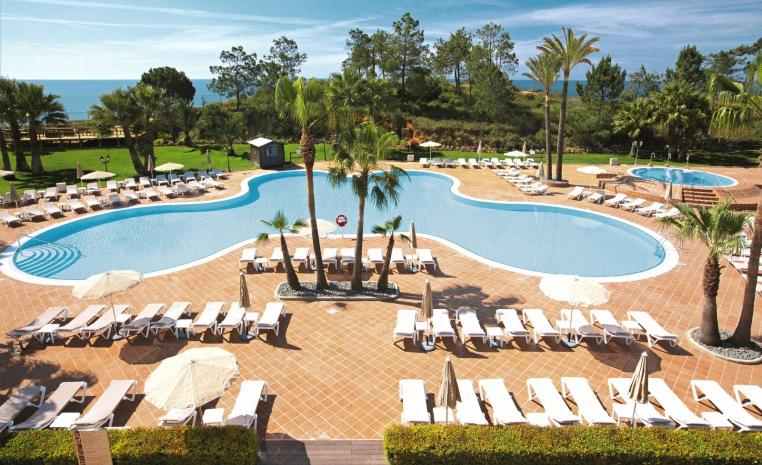 TUI BLUE feiert Zweiten Geburtstag   Explore the More tunesien tui hotels strand portugal mallorca angebote und specials angebot  tui berlin tui blue falesia pool