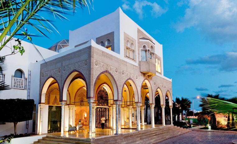 TUI BLUE feiert Zweiten Geburtstag   Explore the More tunesien tui hotels strand portugal mallorca angebote und specials angebot  tui berlin tui blue palm beach palace außenansicht
