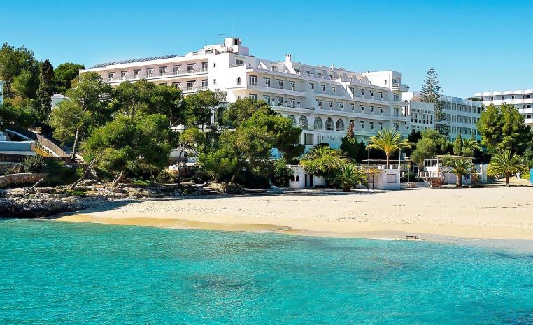 TUI BLUE feiert Zweiten Geburtstag   Explore the More tunesien tui hotels strand portugal mallorca angebote und specials angebot  tui berlin tui blue rocador außenansicht