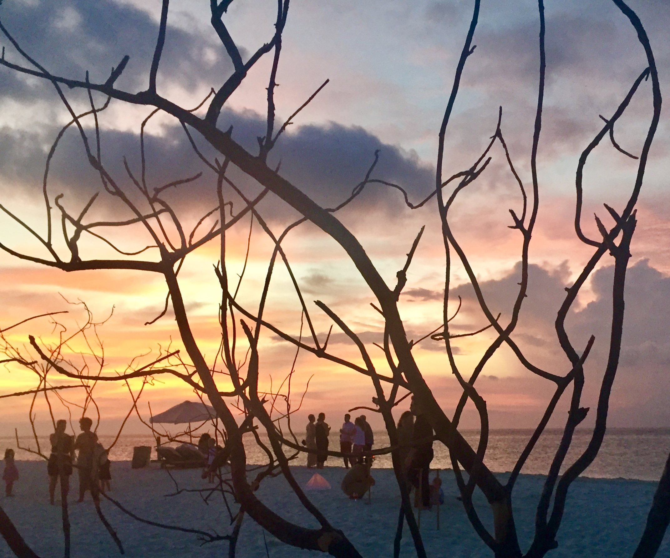 TUI-Berlin-Reisebüro-Malediven-Soneva-Fushi-Sandbankdinner