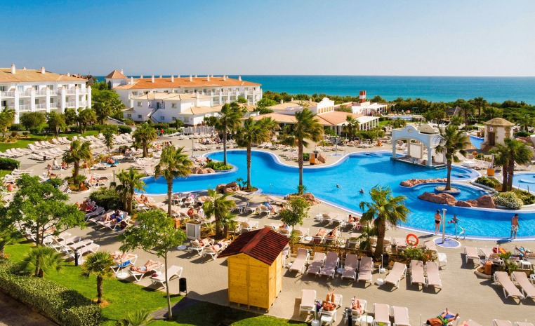 +++TUI PRE SUMMER SALE+++ Bis zu 40% Rabatt tui hotels strand spanisches festland sonne griechenland balearen angebote und specials angebot  tui berlin best family riu chiclana außenansicht