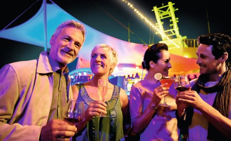 Die härteste Kreuzfahrt Europas   Full Metal Cruise geht in die siebte Runde news tui cruises sonne kreuzfahrt angebot  tui berlin full metal cruise