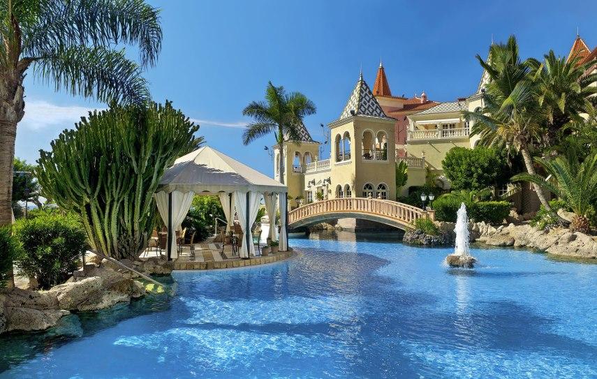 tui-berlin-gran-hotel-bahia-del-duque-pool