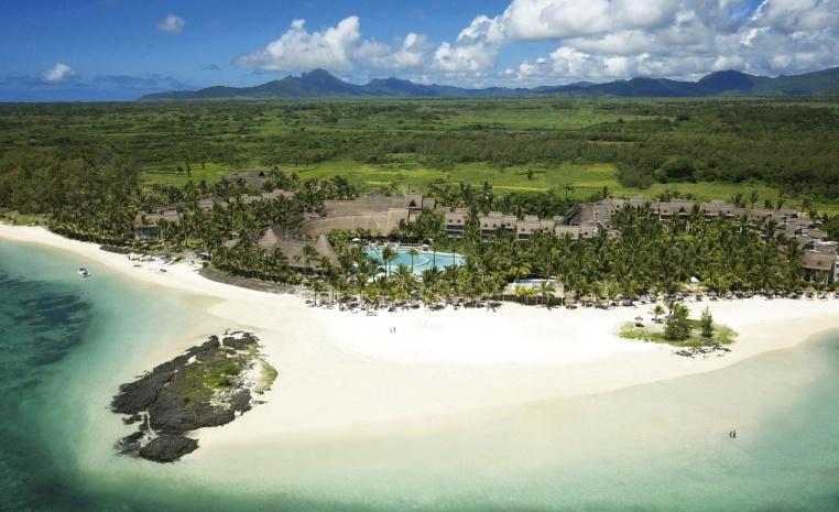 LUX* Hotels & Resorts   moderner Luxus auf Mauritius tui hotels strand sonne mauritius honeymoon 2 angesagte reiseziele angebote und specials angebot airtours hotels  tui berlin lux belle mare luftansicht