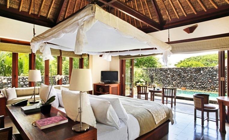 Alila Hotels & Resorts: Entdeckungstour mit dem Leisure Concierge tui hotels strand land und leute oman indonesien honeymoon 2 expertentipps angebote und specials  tui berlin alila ubud pool villa