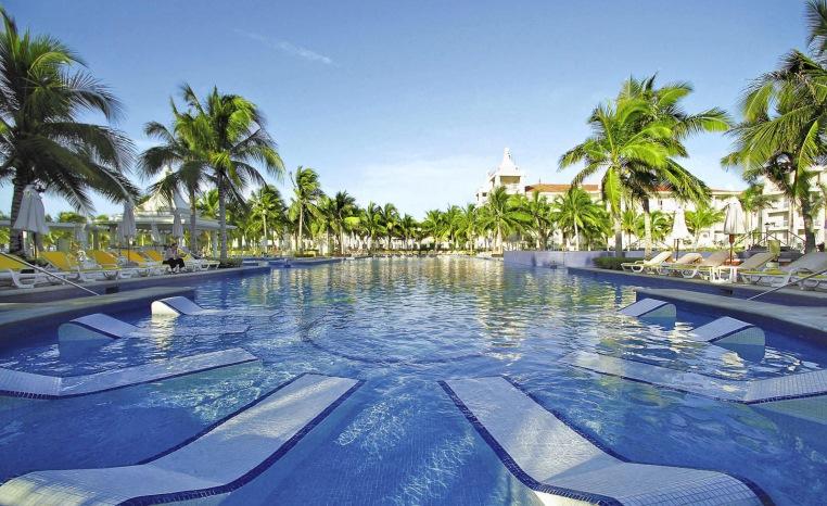 Nachhaltiger Urlaub? TUI Umweltchampions tui hotels strand sonne mexiko honeymoon 2 griechenland deutschland angebote und specials angebot  tui berlin riu palace riviera maya pools