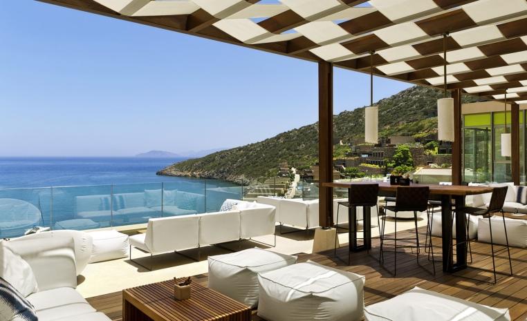 airtours DEALS DER WOCHE   Erlesene Luxushotels mit attraktiven Preisvorteilen tui airtours hoteltipps strand sonne angebote und specials angebot airtours hotels  tui berlin daios cove balkon terrasse