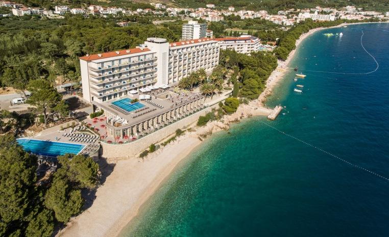 Im Urlaub die WM 2018 genießen   TUI machts möglich! tui hotels strand sonne angebote und specials angebot  tui berlin tui blue jadran luftansicht