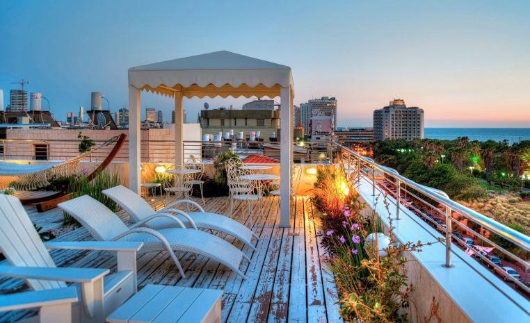 Gay Travel by TUI   Reiseideen und Inspirationen tui hotels staedtereisen sonne kanaren israel griechenland expertentipps airtours hotels  tui berlin shalom hotel dachterrasse