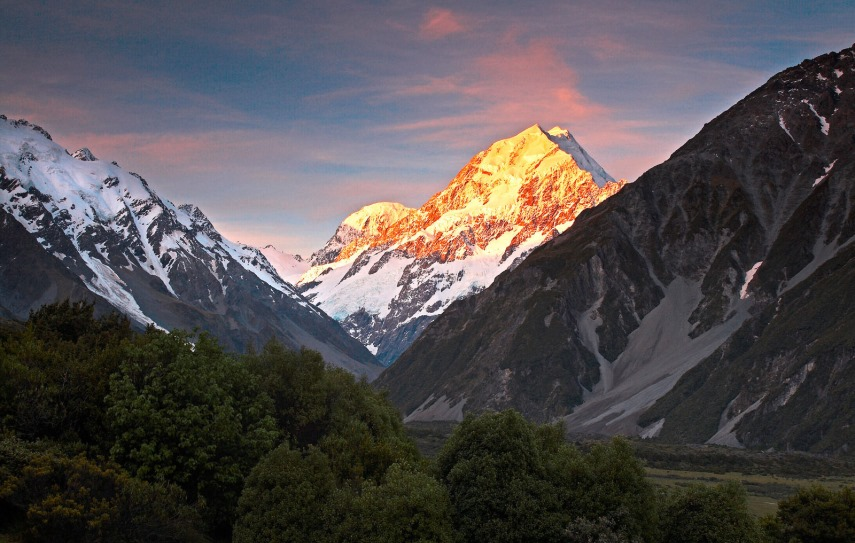 tui-berlin-the-hermitage-mount-cook-teaser
