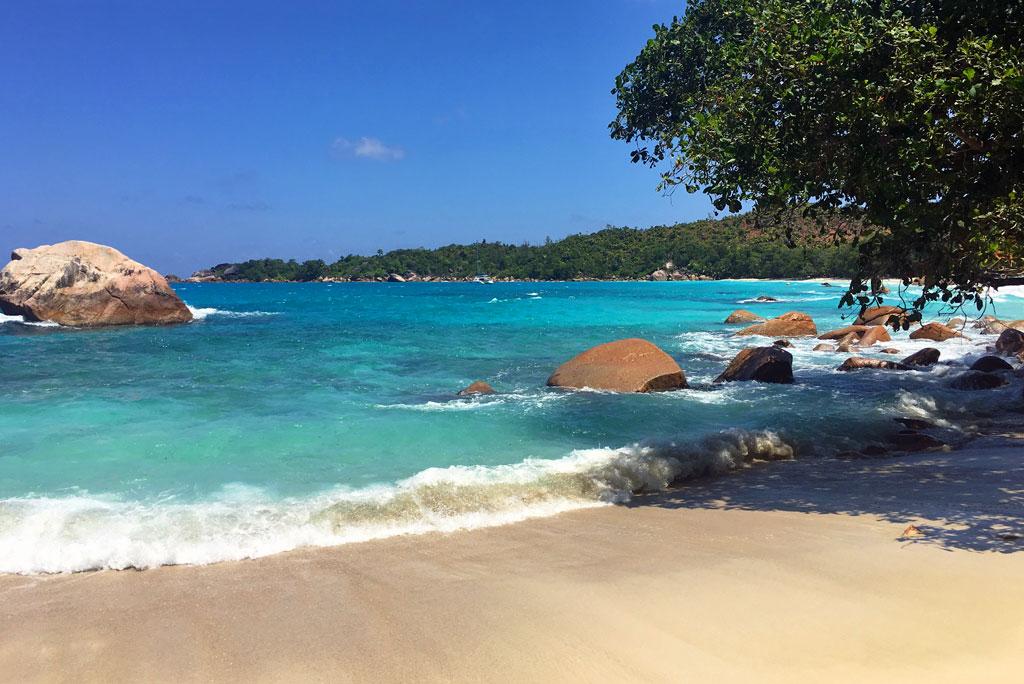Seychellen   ein Himmel auf Erden strand sonne seychellen reisebericht new honeymoon 2  tui berlin seychelles praslin constance lemuria Resort beach
