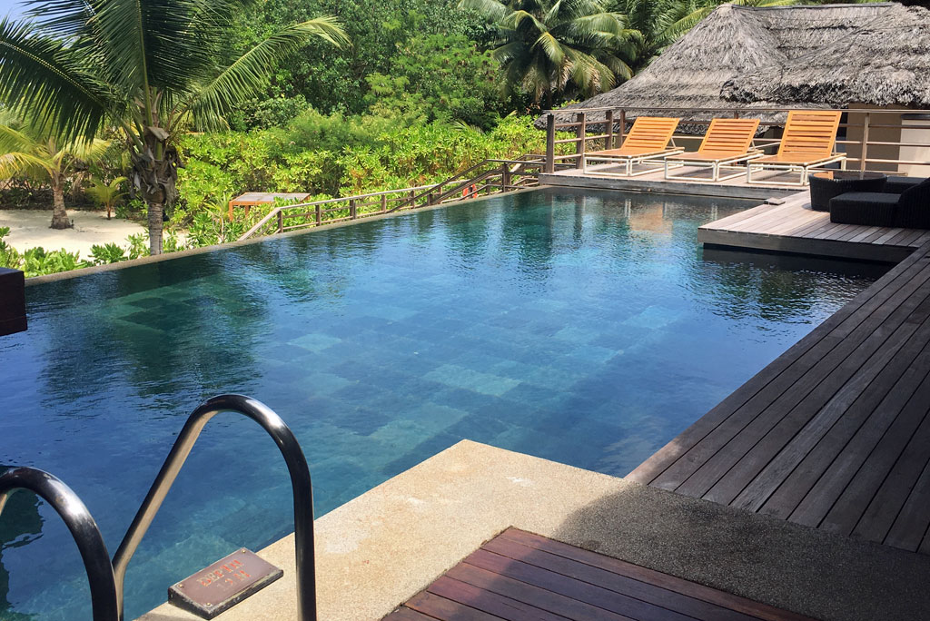 Constance Lemuria Resort Praslin Pool, Seychellen - World of TUI Berlin Reisebericht