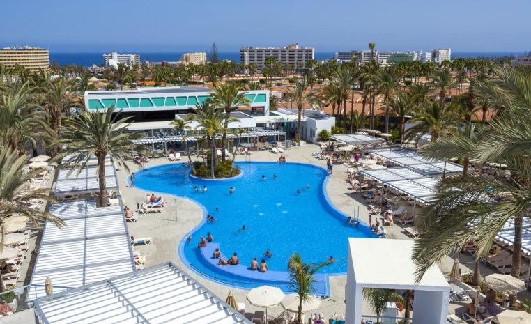 Im Herbst nochmal ans Meer? Sonne tanken mit TUI tui hotels strand sonne angebote und specials angebot  tui berlin clubhotel riu papayas pool