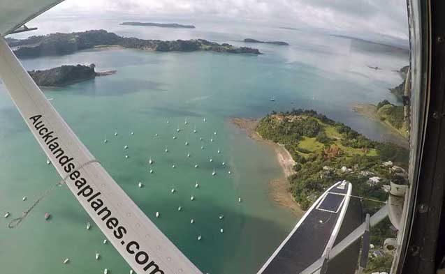 tui-berlin-reisebuero-neuseeland-nordinsel-auckland-hafen-wasserflugzeug-teaser