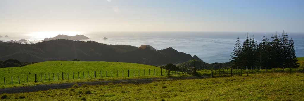 Meine Top 5 Luxury Lodges im Norden Neuseelands land und leute reisebericht neuseeland new  tui reisebuero berlin neuseeland lodge at kauri cliffs bay of islands panorama